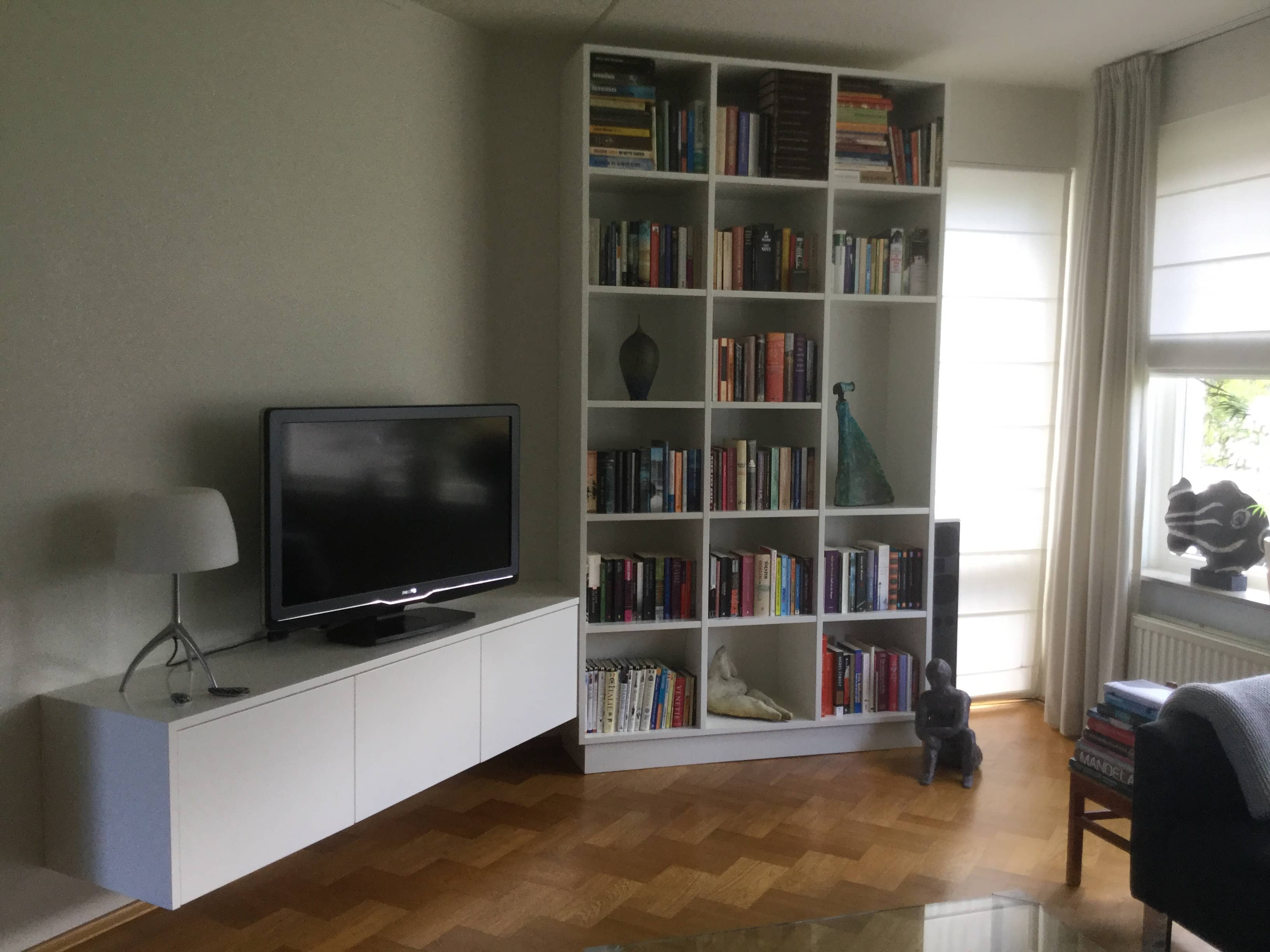 Boekenkast / TV meubel - Vicini Design